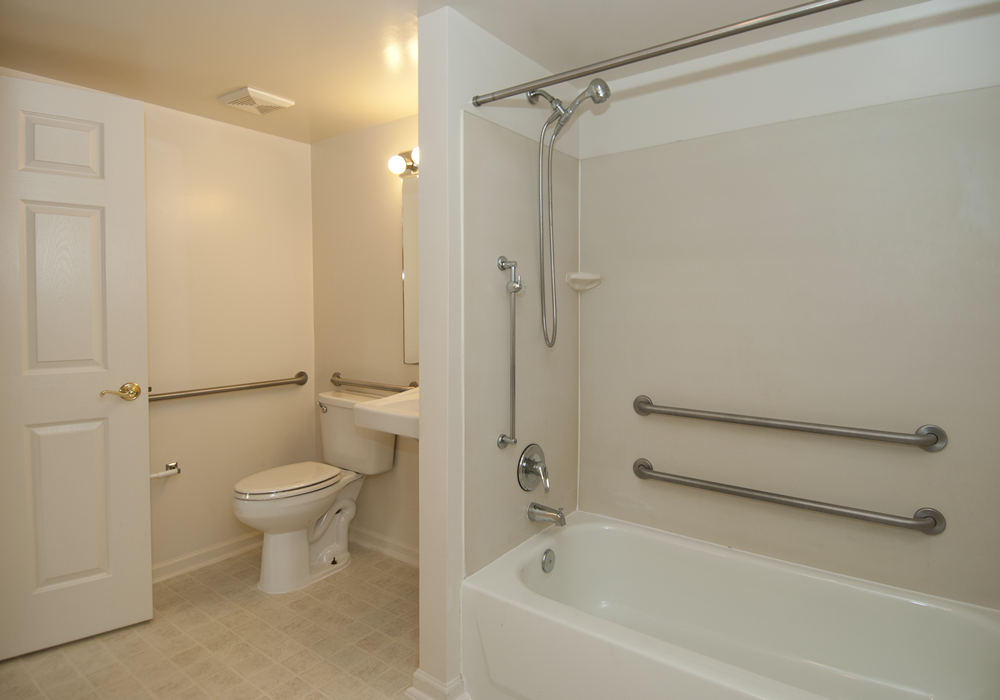Handicapped accessible units the ivy club for Wheelchair accessible housing